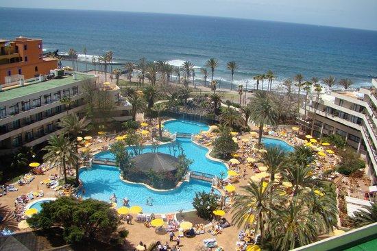 Salle de bain picture of h10 conquistador playa de las - The conquistador tenerife ...