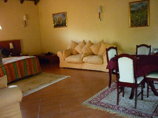 Mandolino Lodge & Restaurant: Our Room