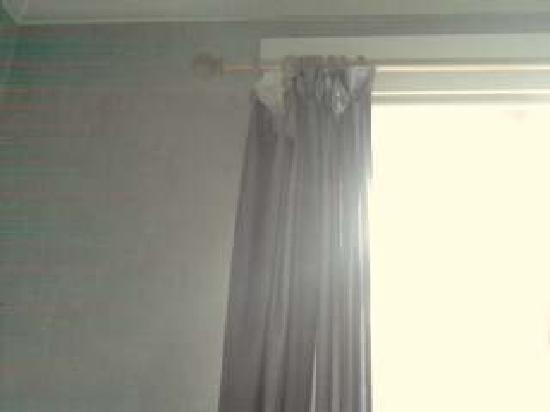 Alexander Hotel London: Curtains
