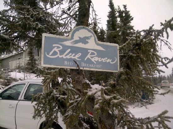 Blue Raven B&B: Sign
