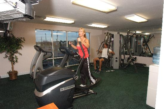 Cayo grande Suites Hotel: Fitness Center