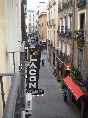 Suite Prado Hotel: View from balcony