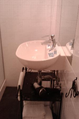 H2OTEL Rotterdam : bathroom