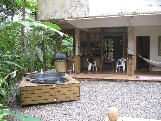 Maravilla Guesthouse: Terrace if the cabin