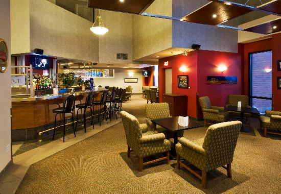 Delta Sherbrooke Hotel and Conference Center: Bar VSOP