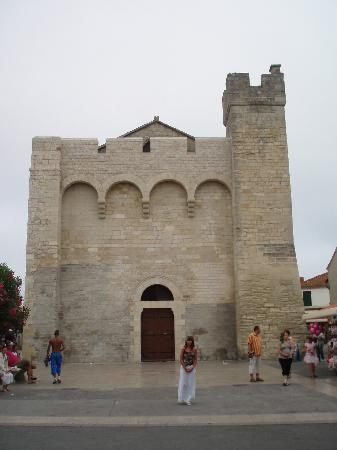 Saintes-Maries-de-la-Mer, فرنسا: Kirche v. Saintes-Maries-de-la-Mer
