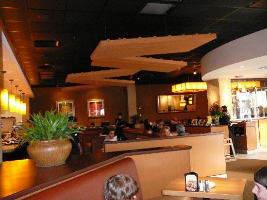 interior of california pizza kitchen - picture of california pizza