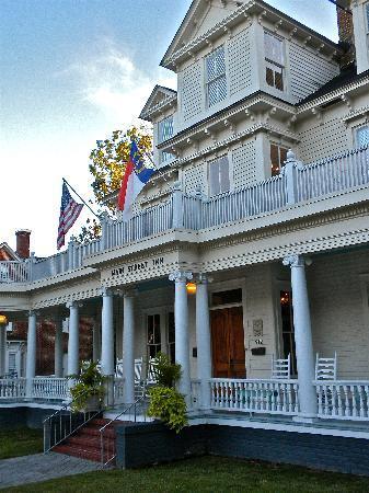 Main Street Inn: exterior