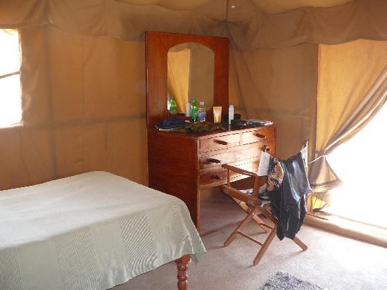Meroe Tented Camp: Inside our tent