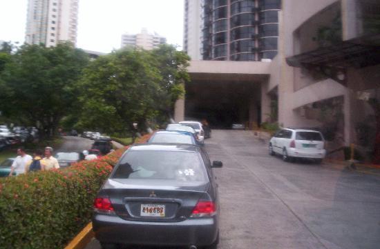 Plaza Paitilla Inn: entrada