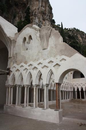 NH Collection Grand Hotel Convento di Amalfi : Le Cloître #3