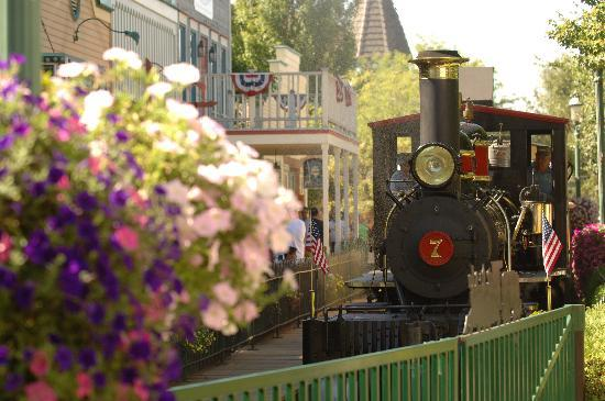 Athol, ID: Silverwood's original 1915 steam locomotive, Old #7.