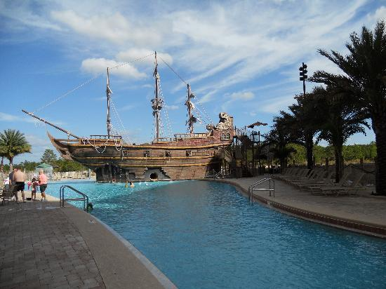 Lake Buena Vista Resort Village & Spa: Had the pool to ourselves many times!