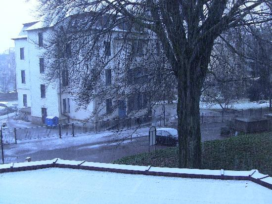 Hotel zum Lowen: The view from Room 205 (with November snow)