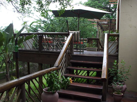Nibela Lake Lodge: the sundeck