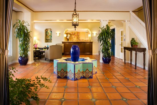 Holiday Inn Express Santa Barbara: Historic charm in the heart of downtown Santa Barbara