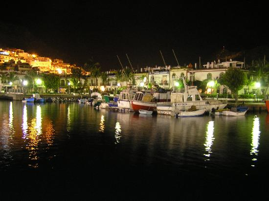 Cordial Mogan Playa: Harbour at night