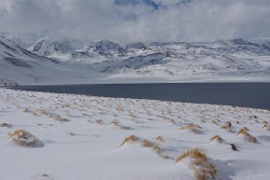 San Pedro de Atacama, Chili : LAGUNA MEÑIQUES EN INVIERNO