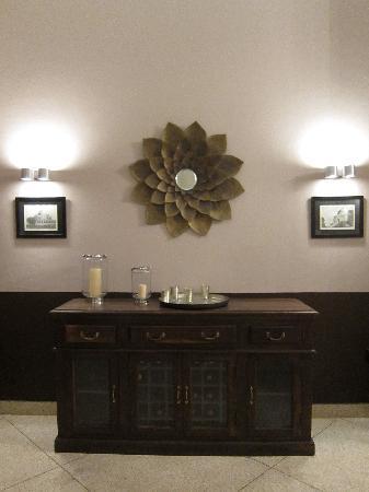 Amarya Villa: Dining room