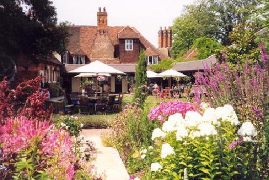 Marygreen Manor Hotel: Garden View