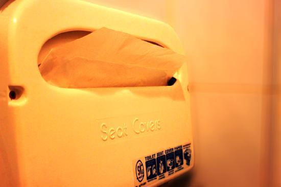 Lanta House: Toilet Seat Cover Paper