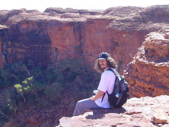 Kings Canyon, Australia: seduto in riva al fosso