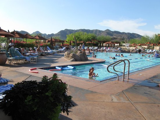 Scottsdale Camelback Resort: The wonderful pool