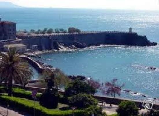 Piombino, Italië: Vista da Ovest