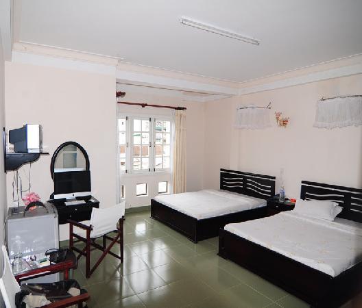 Nice Dream Hotel : Huge,clean rooms