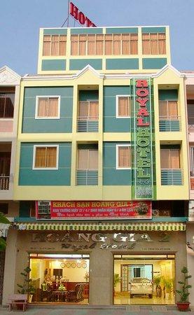 Royal Hotel 2 (Hoang Gia 2 Hotel)