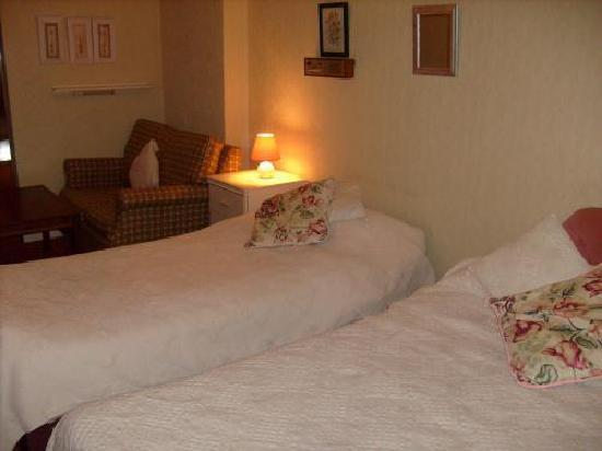 Langwood Hotel: Bed Room