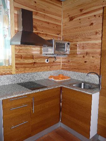 Camping Bungalow Park Arco Iris: Cocina