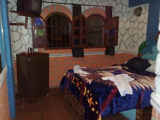 Hotel Las 20 Truchas: Cuarto