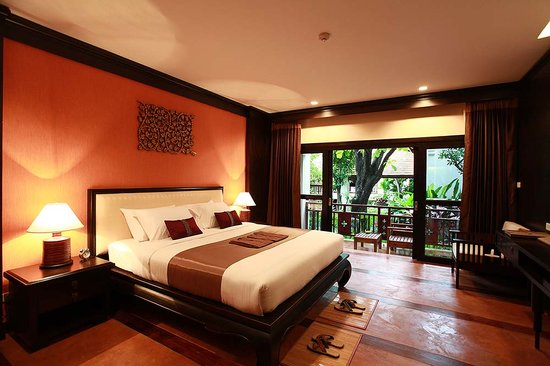 The Rim Resort: Deluxe Room