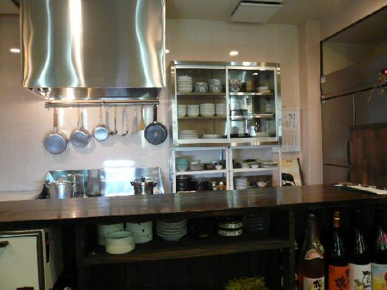 Yakiniku Daimon: 作り手の顔が見える安心のオープンキッチン