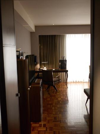 Les Suites Taipei Ching-cheng : View from the door