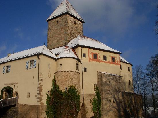 Hotel Burg Wernberg: Exterior two