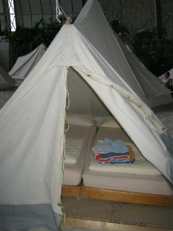 Tropical Islands Resort : tent