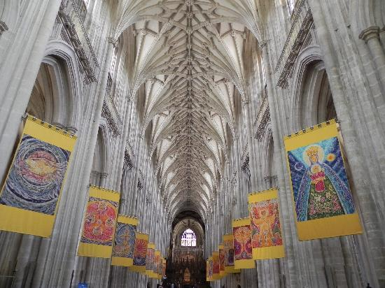 Winchester, UK: In der Kathedrale