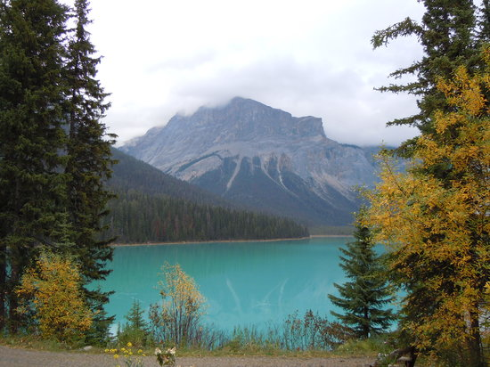 Field, Canada : Emerald Lake