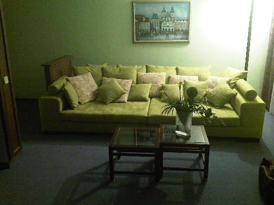 BEST WESTERN Hotel Schmoeker-Hof: Sitting area in 227