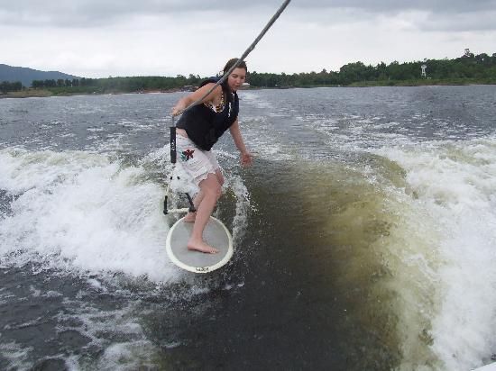 Planete Wakeboard : wake surf
