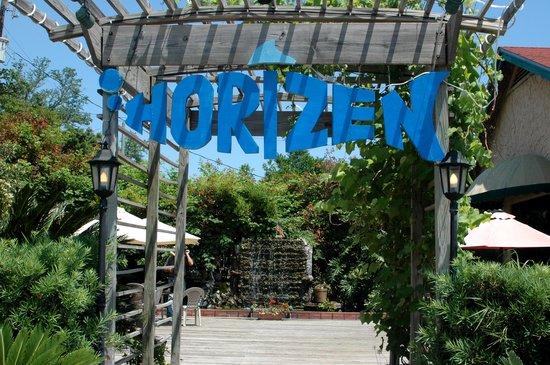 Horizen Restaurant Photo