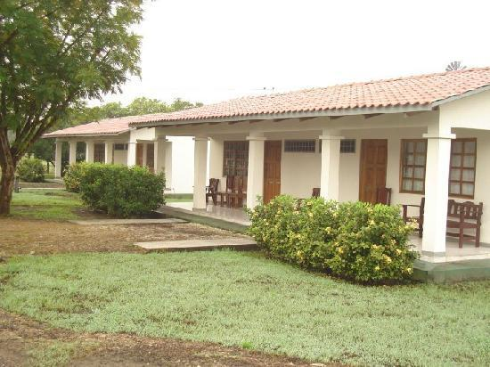 Hotel Paraje del Diria: Front Rooms