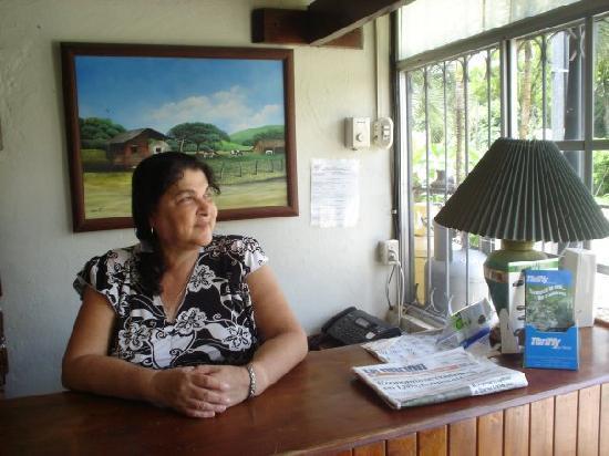 Hotel Paraje del Diria: Front Desk