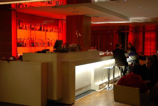 Radisson Blu Elizabete Hotel: 'Bar at C.U.T.'
