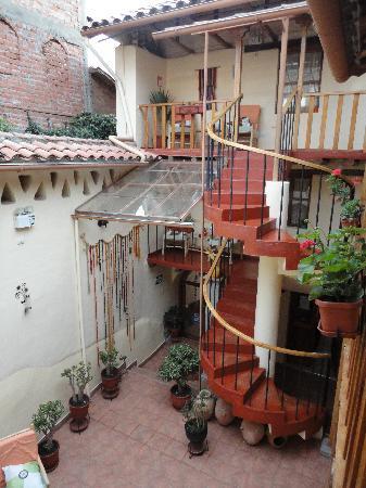 Hotel Casona les Pleiades: Courtyard