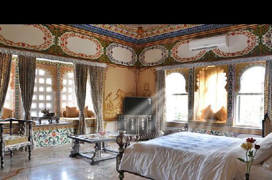 Chunda Palace Hotel: room