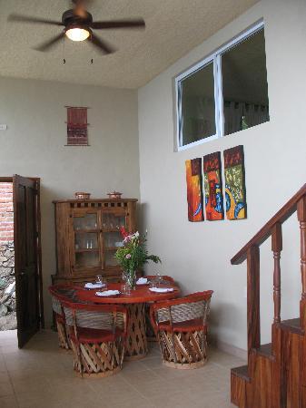 MiraMar Yelapa: Casa Palmita - dining area