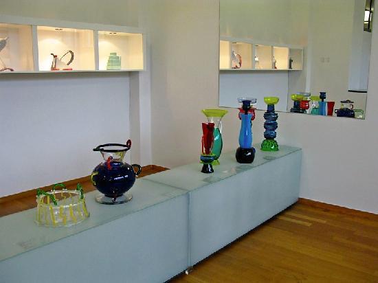 Gemeentemuseum Den Haag: More Glass